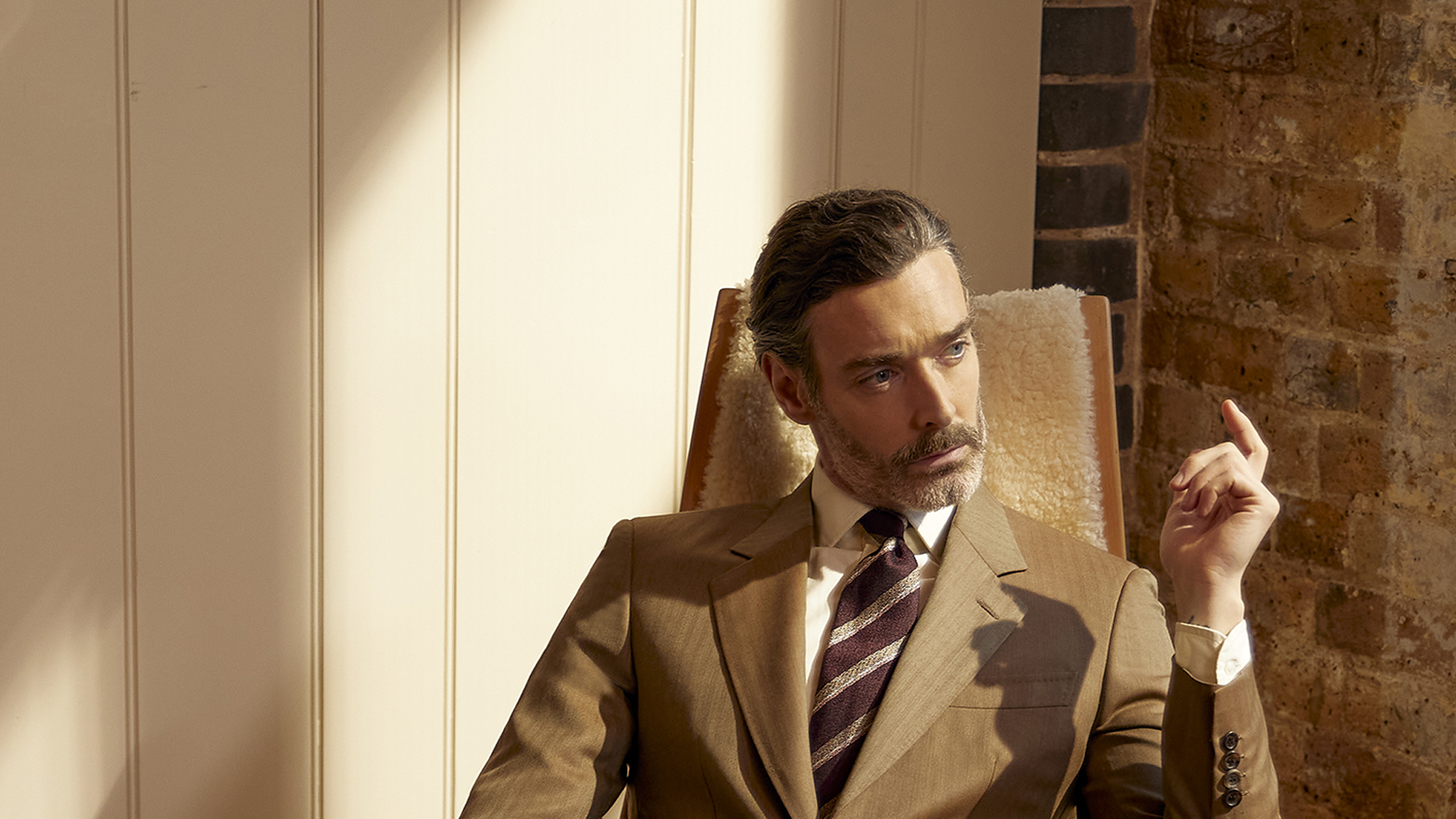 Ultimate Buying Guide to Men's Designer Suits